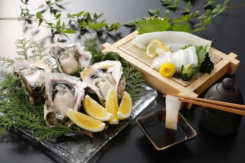 いわがき春香と朝どれ白いかセット<水産物応援商品>